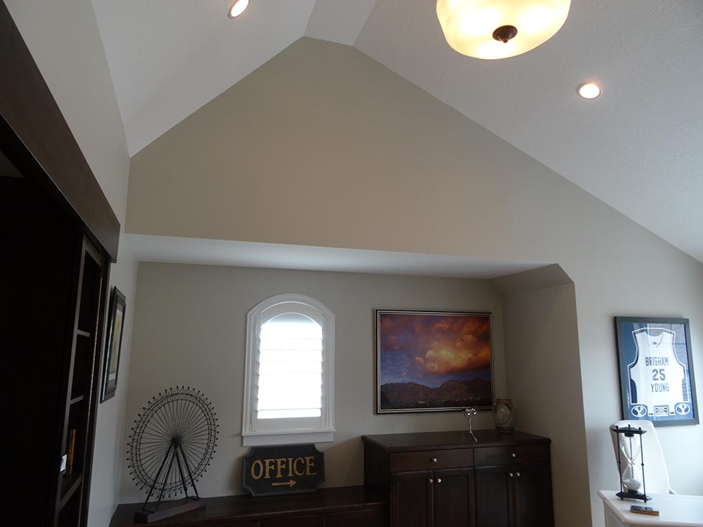 Vaulted ceiling in bonus room